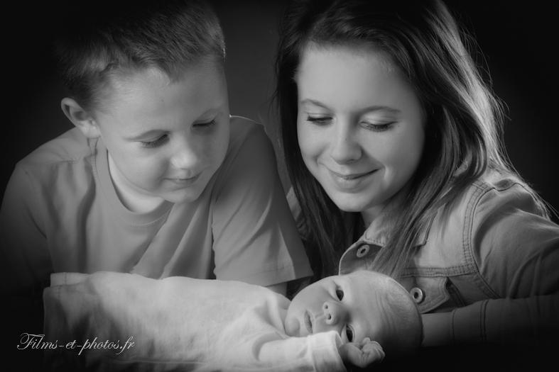 A Rouen photographie de fraterie avec un bébé